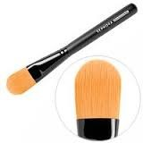 pinceaux_brosses_maquillage_fond_teint